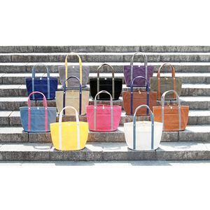 New color combinations of our most popular tote-bag!