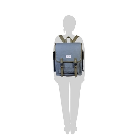 青ねず × オリーブ /  モデル: 160 cm