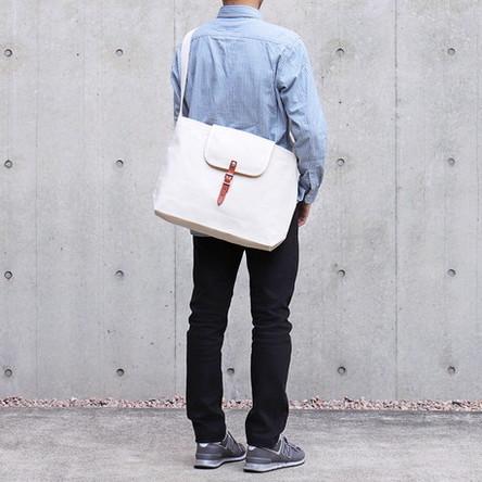 Off-white / model: 170 cm