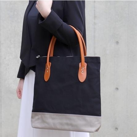 黒 × グレー/ モデル:160 cm