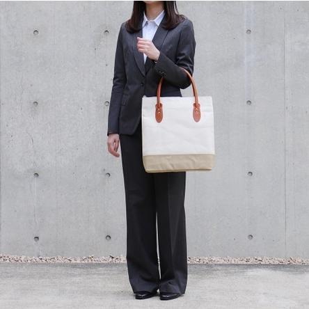 生成り × ベージュ / モデル: 160 cm