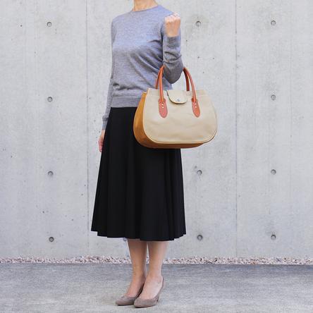 Beige × Light-brown / model: 165 cm