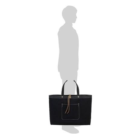 黒 / モデル: 175 cm