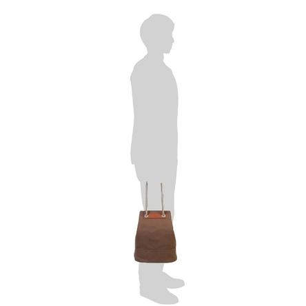モデル: 175 cm