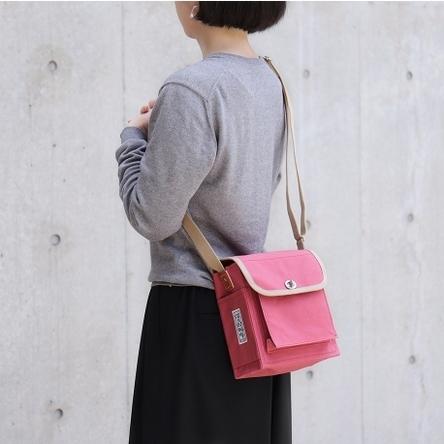 Japanese red × Beige / model: 160 cm