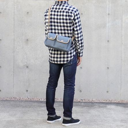 Blue-gray × Beige / model: 170 cm