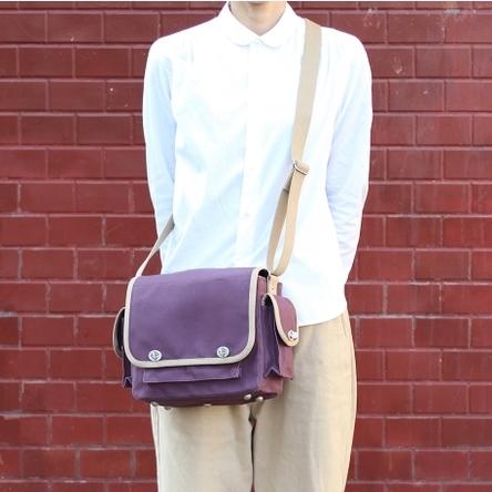 紫 × ベージュ / モデル: 160 cm