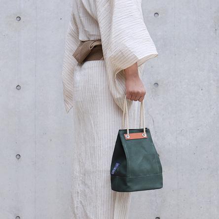 緑麻 / モデル:180 cm
