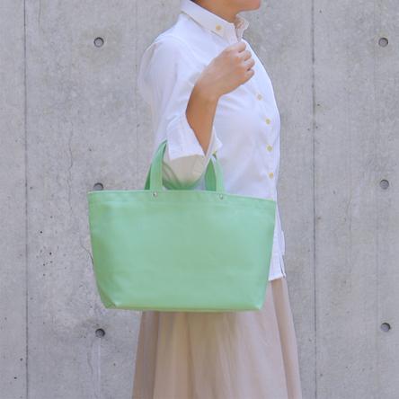 Light-green / model: 160 cm