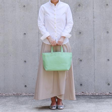 若草 / モデル: 160 cm