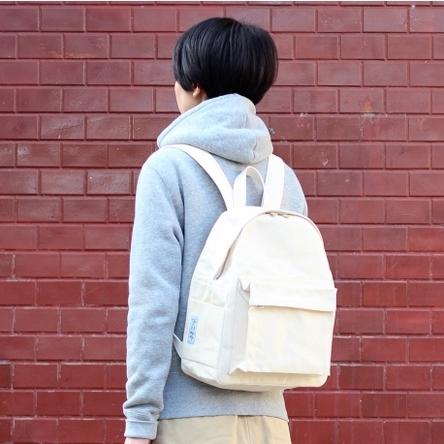 生成り × 生成り / モデル: 160 cm